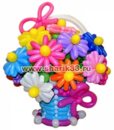 Яркая корзина из 11 цветков