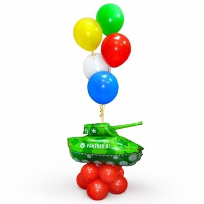 Фонтан с танком и шарами