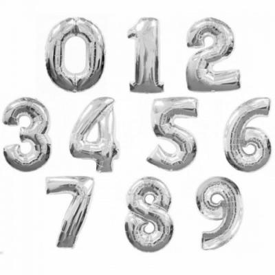 Серебряные цифры из фольги