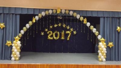 Оформление выпускного в школе шарами №15