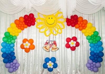 Оформление воздушными шарами в детском саду №96