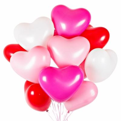 Гелиевые шары - разноцветные сердца